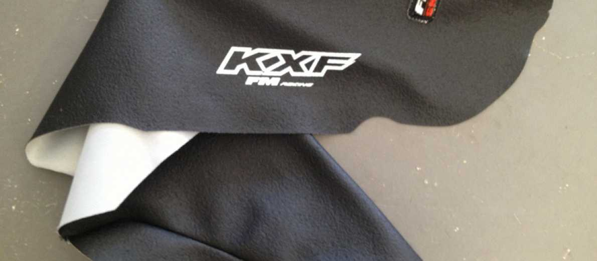 Housse de selle fmracing kxf 250 04 05 for Housse de selle moto kawasaki