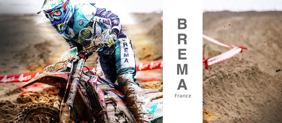 Slide Brema. Crédits : ©accessoires-moto-enduro-cross.fr 2016