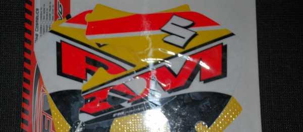 Kit d�co FMRACING RM 125/250 99-00. Cr�dits : �EMX