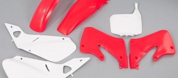 Kit plastiques HONDA CR 125 98-99 CR 250 97-99. Crédits : ©accessoires-moto-enduro-cross.fr 2018