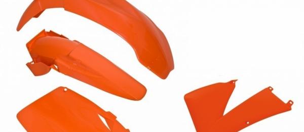 Kit plastiques KTM EXC/EXCF 03. Crédits : ©accessoires-moto-enduro-cross.fr 2018