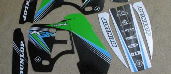 Kit déco FLU DESIGN KX 500 91-05. Crédits : ©accessoires-moto-enduro-cross.fr 2015