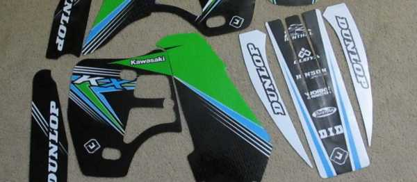 Kit déco FLU DESIGN KAWASAKI KX 500 91-05. Crédits : ©accessoires-moto-enduro-cross.fr 2015