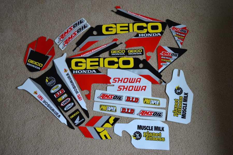 Kit déco GRN GEICO HONDA HM CRFX 450 05-16. Crédits : ©EMX