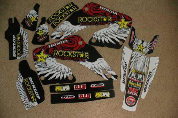 Kit déco GRN ROCKSTAR HONDA CR 125/250 00-01. Crédits : ©EMX