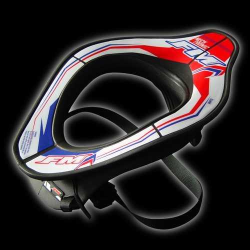 Protection cervicales Neckbrace FM Racing. Crédits : ©accessoires-moto-enduro-cross.fr 2015