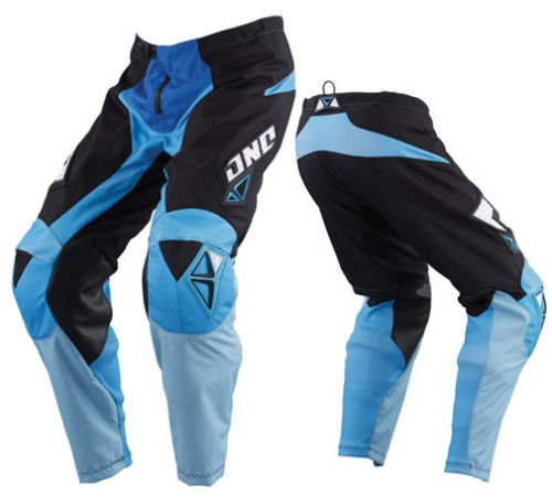 PANTALON ONE INDUSTRIES CARBON BLUE. Crédits : ©accessoires-moto-enduro-cross.fr 2017